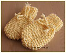 Superenkle babyvotter uten tommel, baby mittens pattern by Guri Østereng Halvorsen