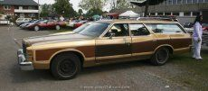 Ford LTD Country Squire 1977