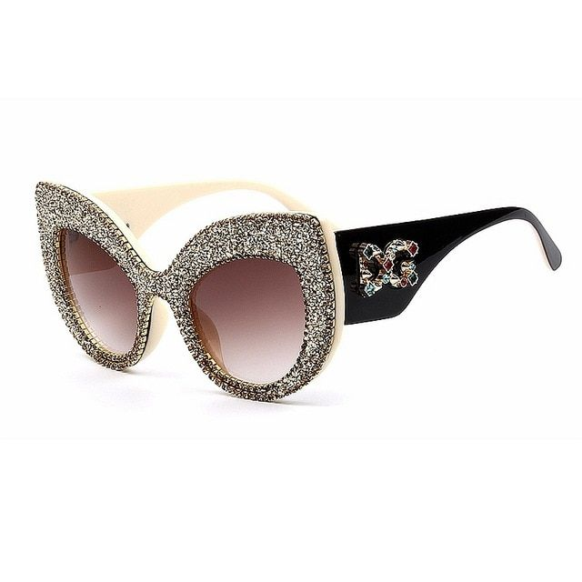 aedca9e2679 2019 Newest Fashion women cat eye sunglasses vintage oversize Brand Designer  Bling Diamond Sun glasses men