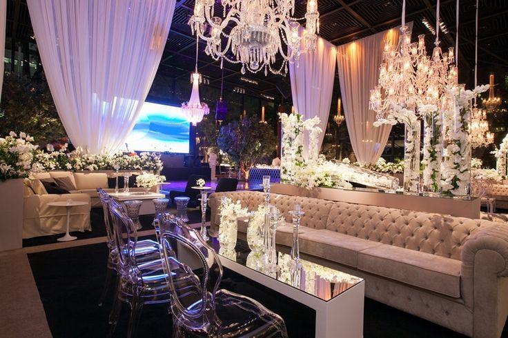 Luana e Bruno trocaram votos em um casamento moderno e animado no Buffet Fasano, confira mais detalhes!
