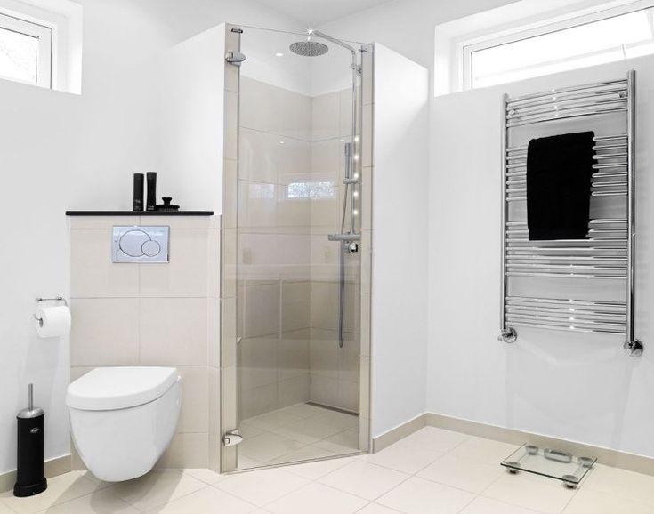 Douche italienne d'angle à pommeau rond, wc suspendu et sèche serviette. Retrouvez tous les équipements nécessaires pour votre rénovation salle de bains sur http://www.batinea.com?affiliation=pinterest