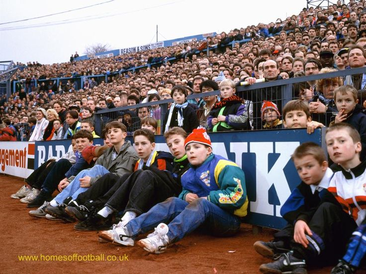 Waiting for the play to unfold #Coventry_City #mufc England year1992 by Stuart Roy Clarke  #SkyBlues #FLKickOff