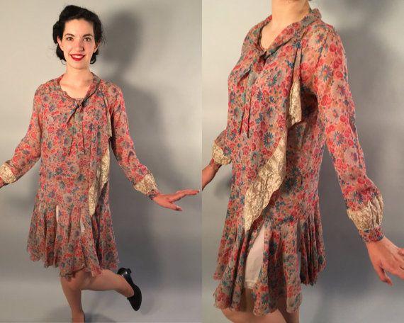 Vintage jaren 1920 jurk | Floral zijde Chiffon dag jurk met kant Trim | Kleine