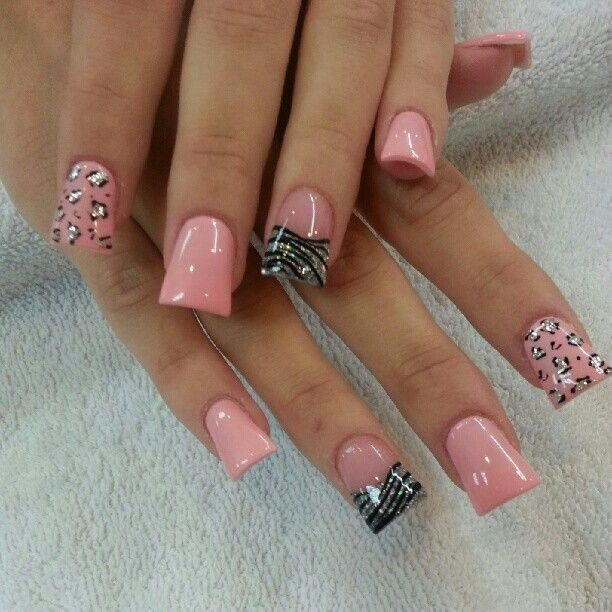 Pink, leopard accent duck / wide tip nails