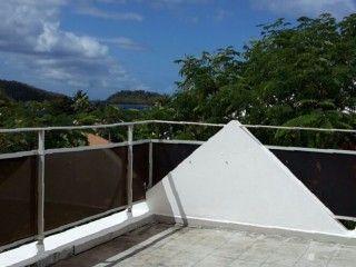 Studio sur la plage à louer à l'Anse à l'Ane Martinique (Réf:5497 Studio Martinique AnsealAne)