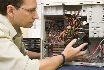 We provide quality and affordable Geeks on site and online computer repair services to residential and commercial customers throughout the continental USA.