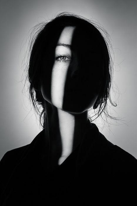 Light strip eye obscure dark silhouette portrait girl