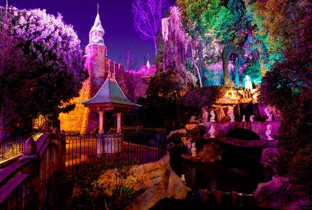Snow White's Grotto and Wishing Well, Disneyland | The 8 Most Romantic Places To Get Engaged At The Disneyland Resort
