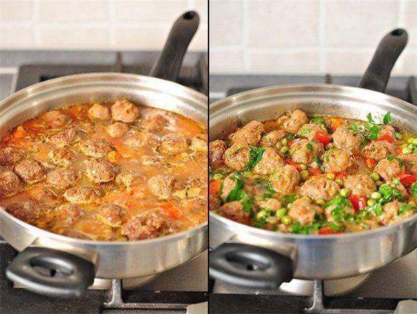 Обалденное овощное рагу с фрикаделькамиИнгредиенты:Фрикадельки:-фарш говяжий - 500 гр.,-лук репчатый - 1 шт.,-яйцо - 1 шт.,-панировочные сухари - 50 гр.,-вода - 50 мл.,-соль - 1 - 1,5 ч.л.,-перец черн…
