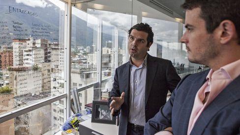 Alejandro Betancourt, left, and Pedro Trebbau in Caracas. Photographer: Vladimir Marcano/Bloomberg