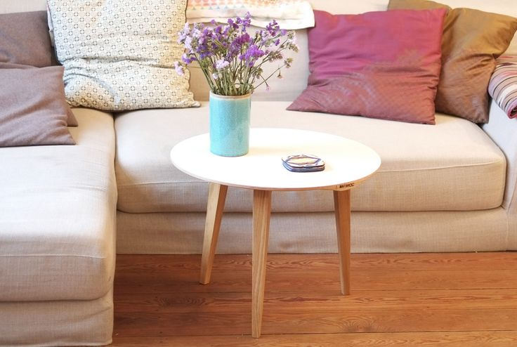 kleiner runder couchtisch small round couch table by lokaldesign via home. Black Bedroom Furniture Sets. Home Design Ideas