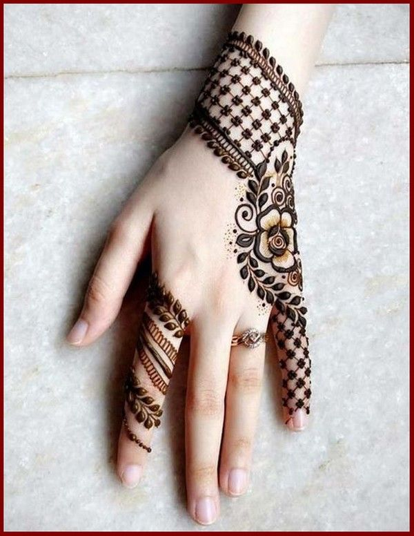 Simple Mehndi Designs Images in Different Styles 2018