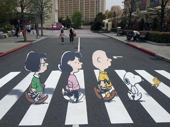 Abbey Road meets the Peanuts! anamorphic chalk drawing! appears 3D when viewed from certain angles! <3