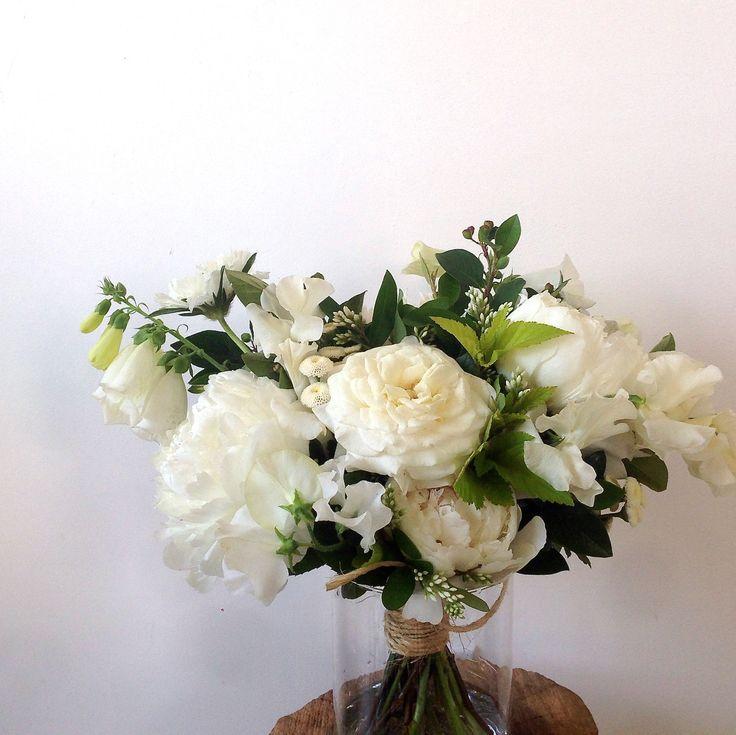 Peonies, Roses, Foxglove, Feverfew Virgo, Japanese Privet, Sweet Pea.