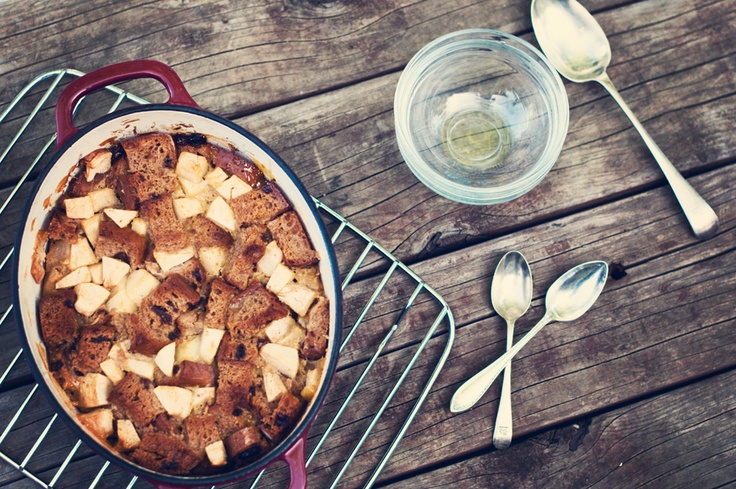 Apple Cinnamon Bread Pudding // dairy free, gluten free