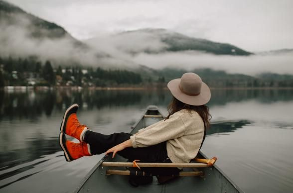 Girl's Getaway Guide To Traveling Through Canada's Wilderness