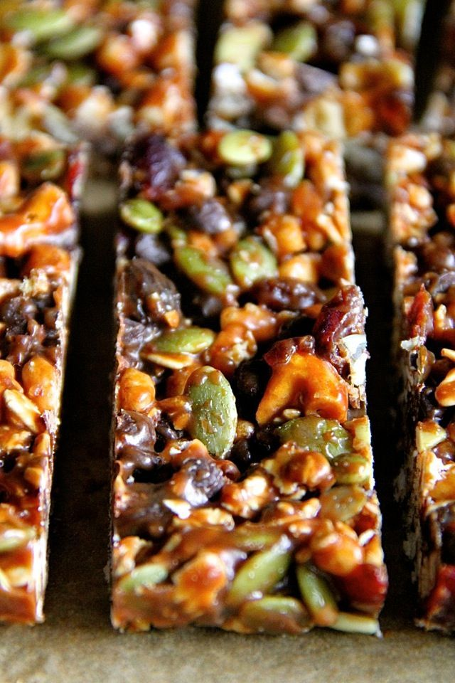 No Bake Trail Mix Granola Bars -- sweet, salty, chewy, and crisp, these granola bars are sure to satisfy any craving! || runningwithspoons.com #glutenfree #vegan