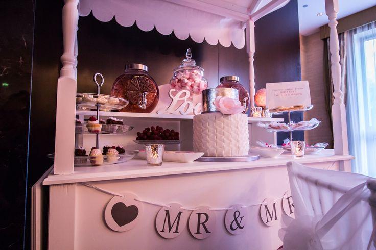 Wedding sweet bar