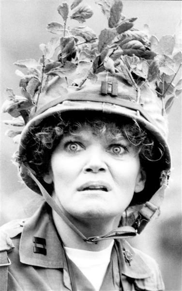 "Eileen Brennan, July 28, age 80: The ""Private Benjamin"" actress's battle with bladder cancer ended over the summer. Eileen, who launched her television career in the late '60s, earned an Oscar nomination for her role as Capt. Doreen Lewis in the 1980 film co-starring Goldie Hawn. She reprised her role in the CBS series from 1981 to 1983 -- and won an Emmy and a Golden Globe.BING: What horrible accident did she survive in 1982?FIND: How did the accident affect her permanently?SEARCH: Watch…"
