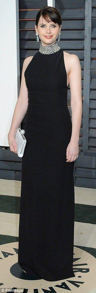 Felicity Jones channels Audrey Hepburn at Vanity Fair Oscar Party #dailymail