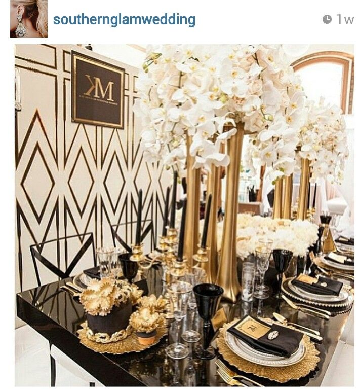 Black And Gold Wedding Decorations: Dramatic Art Deco Inspired Tablescape With Black And Gold