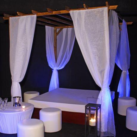 Ibiza Lounge - matelas 200 x 200 cm et pergola avec voilages