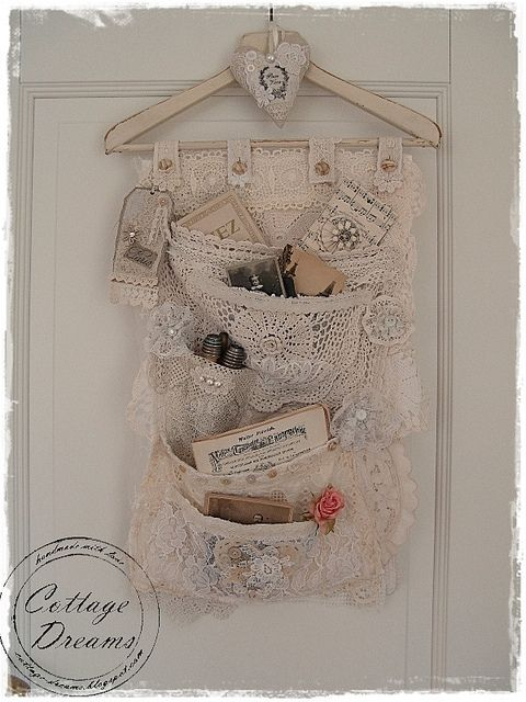 DIY: Lace Pocket Hanger