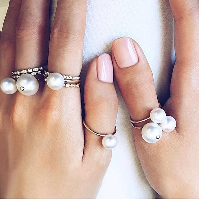 • PERLE OF JUNE • The @aristidesfinejewels Perle of June Duo and Solitaire rings are now back in stock • Limited stock available • Visit the link in our bio • #perleofjune #pearl #ring #weddingring #bride #jewellery #finejewellery #giftideas #groom #brideasmaid  #Regram via @onedaybridal