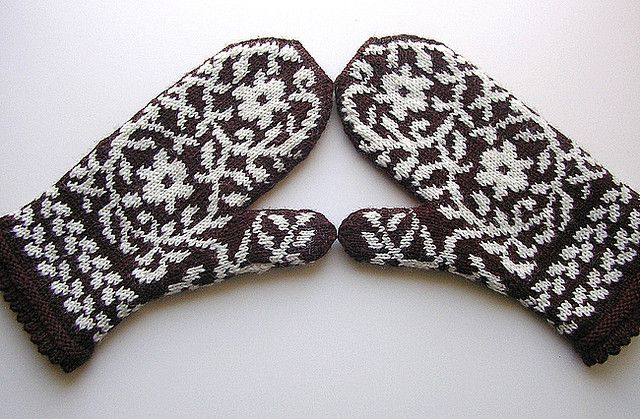 Bird in Hand Mittens--Finished!