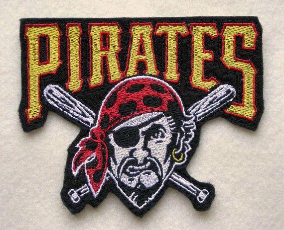 "Pirates de Pittsburgh, fer à repasser sur Patch, grand 4 1/2 ""X 3 3/4"" Baseball Patch, Pirate, chauve-souris, Sports, Ligue majeure de Baseball"