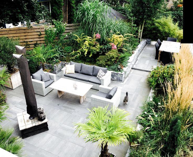 Terrassen Ideen Mit Loungeecke Und Esstischgruppe Intenso Carpino Sessel Sofa Lounge Gartenmobel Terrassengestaltu In 2020 Terrassen Ideen Sofa Lounge Hintergarten