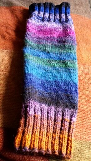 First leg warmer knitted with Noro 100% wool.  I'm pleased with it only not liking the side seam finish - more practice needed !
