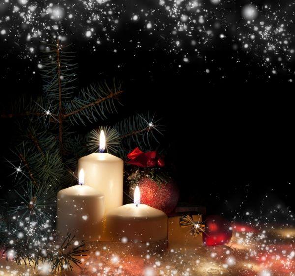 9 Christmas candles