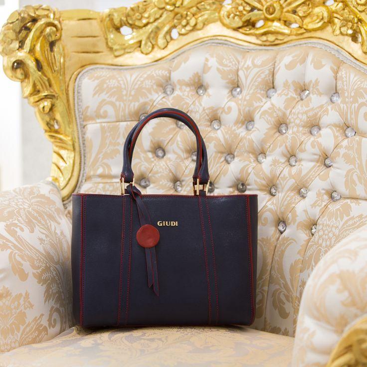 С 8 по 14 февраля 2016 года в Торговом Доме «Мишель» действует предложение на косметику Annemarie BÖRLIND, аксессуары Giudi и перчатки Sermoneta Gloves.