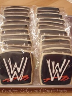 WWE Cookies maybe use fudge grahams for the cookie