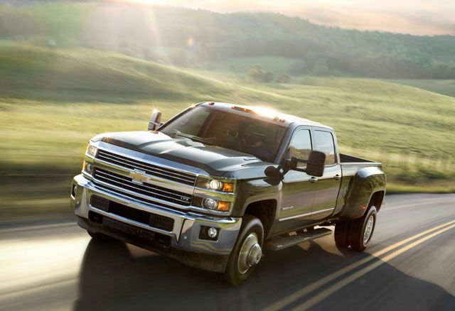 Meet GM's New Workhorses, the 2015 Silverado and Sierra Heavy Duty - Popular Mechanics