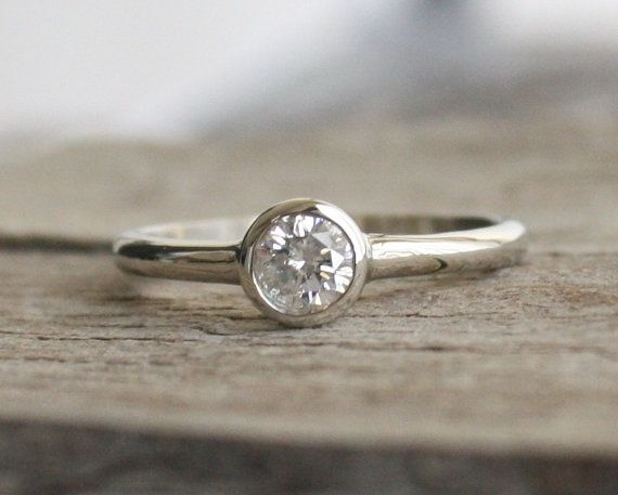 Simple Solitaire Diamond Engagement Ring in 14K White Gold
