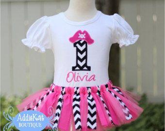 Chica personalizada pirata tela tutú traje de cumpleaños - Chevron caliente de color rosa y negro