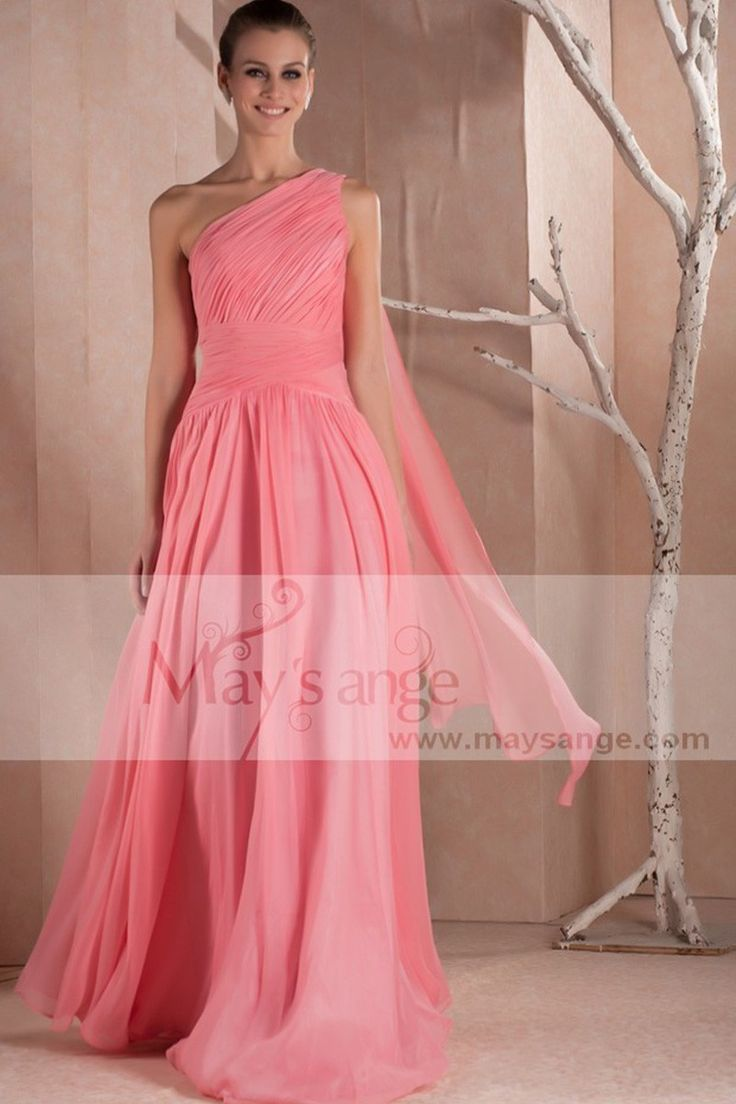 Robe de soirée bretelle simple pour un mariage , robe de soirée chic en moisseline , une robe legere pour l'été