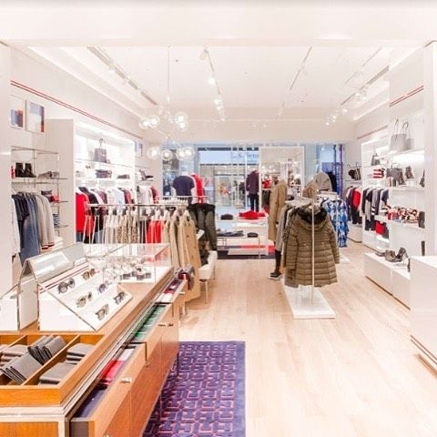 New Tommy Hilfiger Sportswear concept by rpa:group, Oxford – UK #TommyHilfiger #Sportswear #concept #rpagroup #Oxford #UK #fashion #retaildesign
