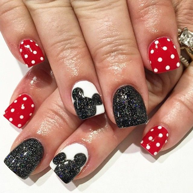 25 trending disneyland nails ideas on pinterest disney nails for disney trip more prinsesfo Gallery