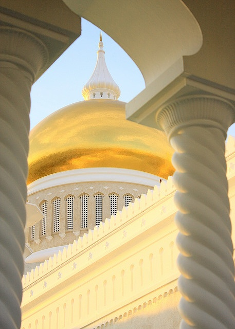 Dome of Sultan Omar Ali Saifuddin Mosque in Bandar Seri Begawan, Brunei