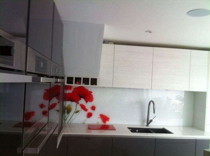 poppies - printed glass kitchen splashbackcreoglass design