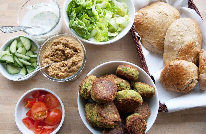 Jubiiii skal vi ha´ falafler  og opskrift på hjemmelavet humus