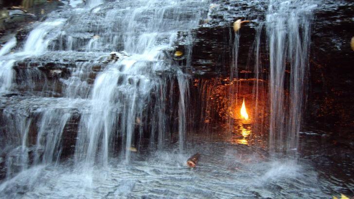 Eternal Flame Falls, Buffalo, New York