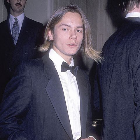 I love thinking about that there's still so much of River we haven't seen. There's probably a lot more pictures of him, that will never get released, interviews that we'll never see...etc. Of course it would be great to see them but I also think that River's family and friends should have some personal things left about him. There's so much stuff out there that shouldn't even exist, for example that picture of him in the casket. It's hard to explain but I like thinking about it :)…