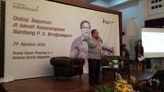 Bambang Brodjonegoro saat memberikan materi kepada para Kompasianer (foto @bappenas).     Selayan...