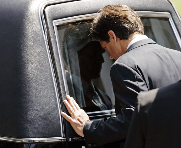 Eunice Kennedy Shriver Funeral | Anthony Kennedy Shriver, Eunice Kennedy Shriver's youngest son, rests ...