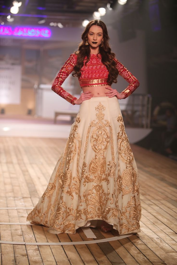 Light Lehenga - Red and Cream Lehenga | WedMeGood Bandhini Blouse! Now That's Called Versitality! Check Out Many More Lehenga on wedmegood.com #wedmegood #lehenga