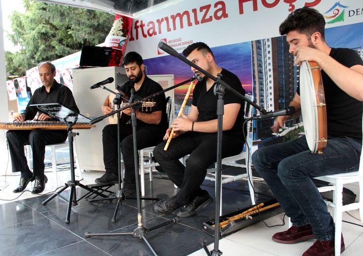 Ud /Solist - Ney - Kanun - Perküsyon www.solomuzik.com #ney #neyzen #ud #kanun #bendir #hanende #sazende #iftar #ramazan #solomuzikorganizasyon #fasıl #demirinsaat Demir İnşaat Demir Romance